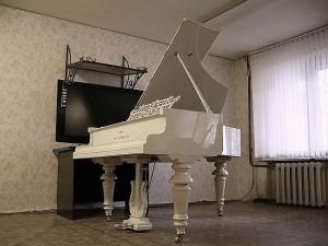 Fortepian rosyjski