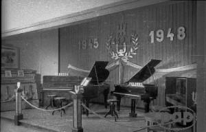 Wroclaw-1948-08.Wystawa-Ziem-Odzyskanych-21.07-31.10-1948