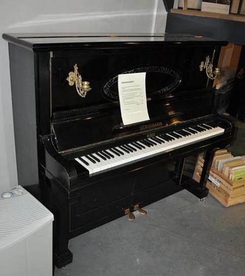 Ile osób w Polsce kupiłoby takie pianino za sam tylko widok ?