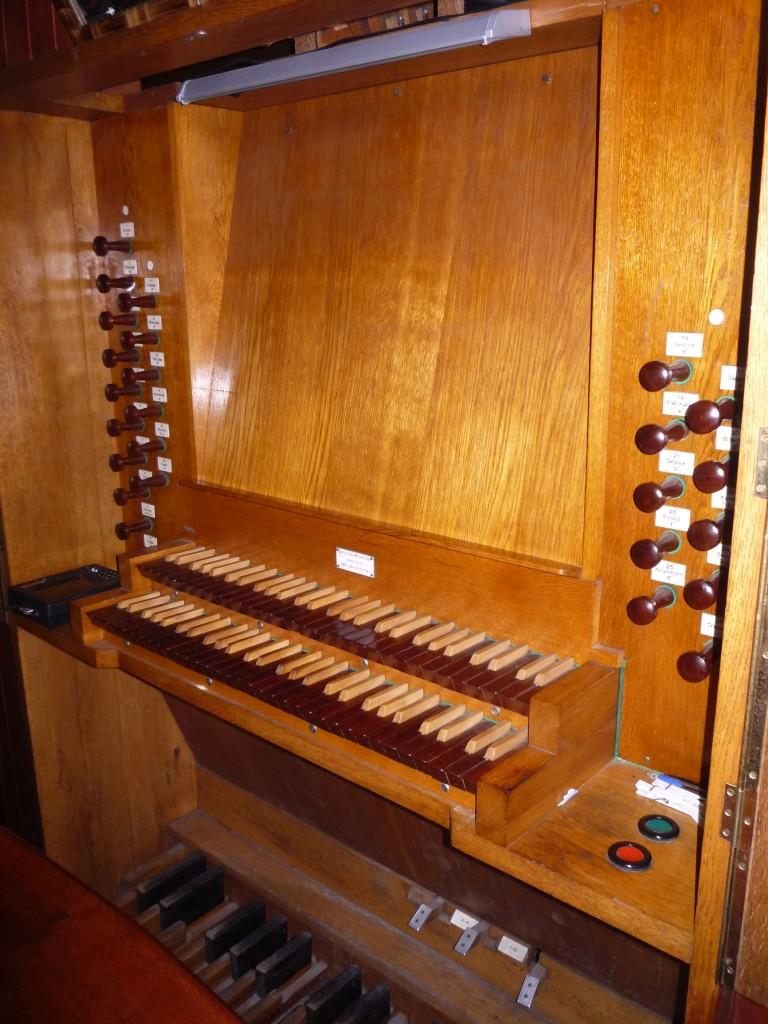 11-Police-kościół-NMP-organy-2