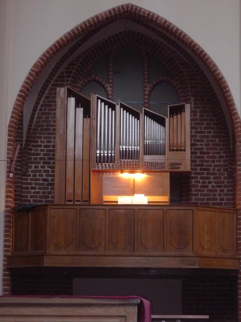 13-Szczecin-Katedra-małe-organy-2