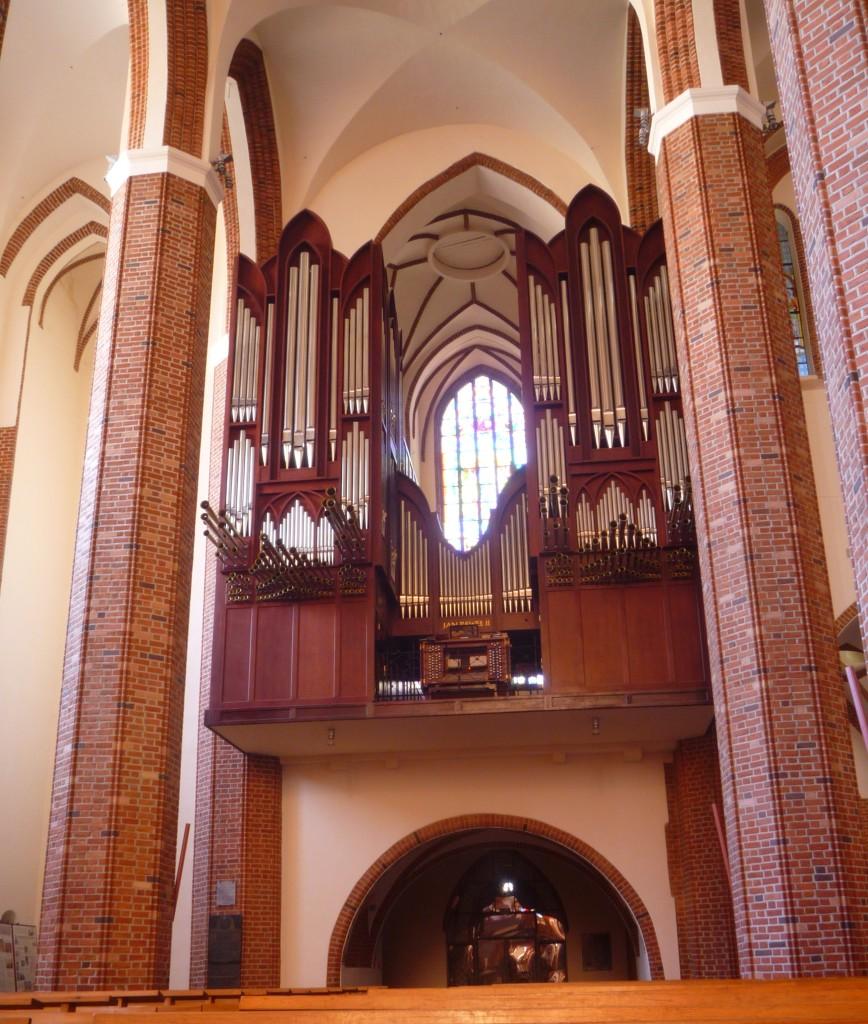 14-Szczecin-Katedra-wielkie-organy-2